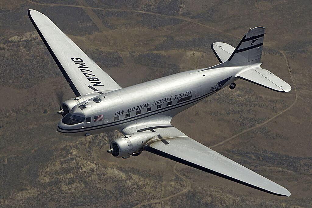 Ли-2 (DOUGLAS DC-3)