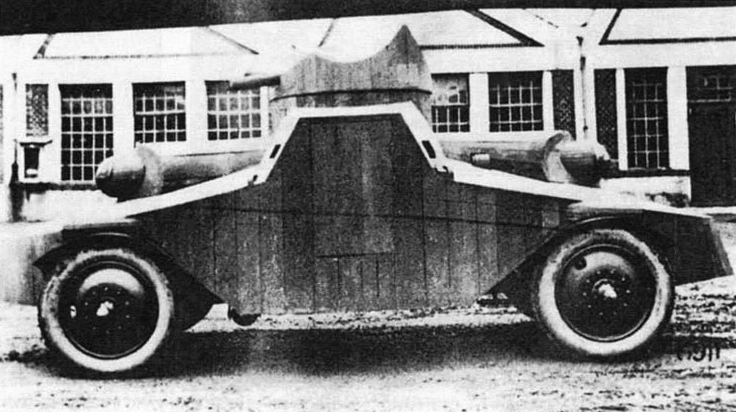 «Деревянный» PA I. Ходовой макет бронеавтомобиля