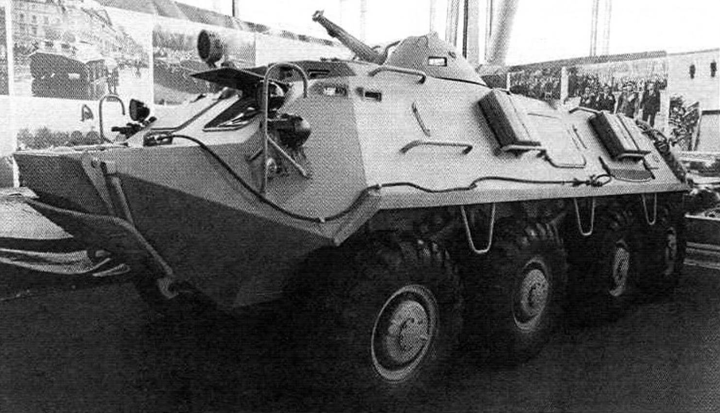 БТР-60 из «Гаража особого назначения», доставивший в Москву Вечный огонь