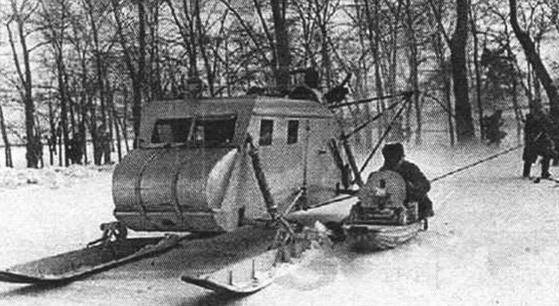 Помимо груза или бойцов на борту, сани НКЛ-16 могли буксировать до 20 вооруженных лыжников и волокуши с пулеметчиками