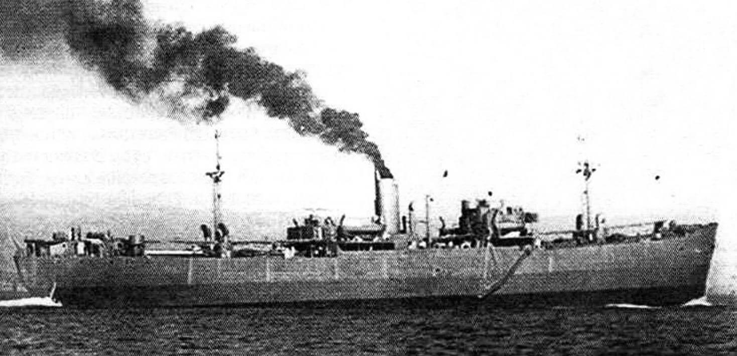 Заказанный британским правительством в США пароход «Оушн Вэнгард» («Ocean Vanguard») на испытаниях. Именно этот британский проект был взят американскими кораблестроителями за основу при разработке судов типа «Либерти»