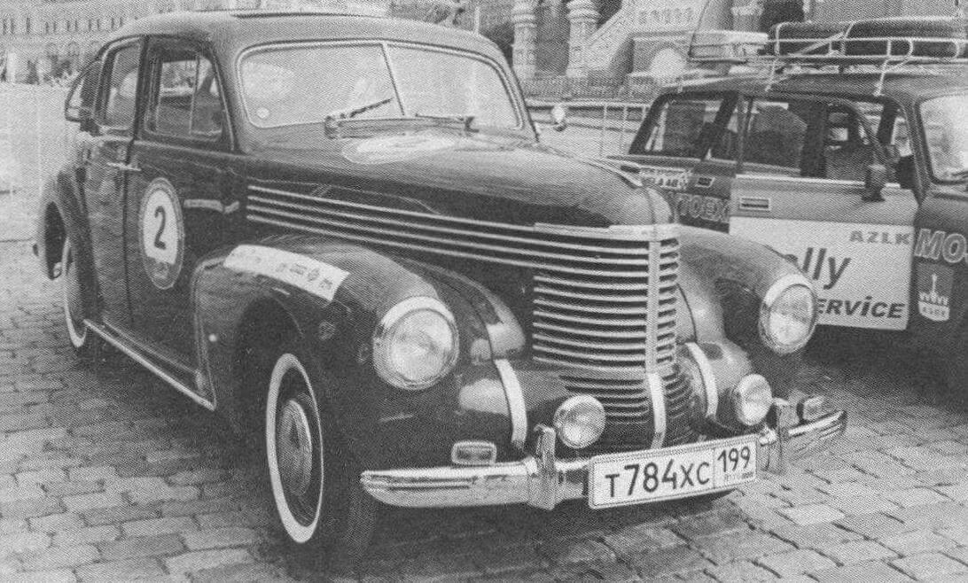 Каркас несущего кузова и конструкция несущей подвески «Победы» скопированы у автомобиля Opel Kapitan 1938 года