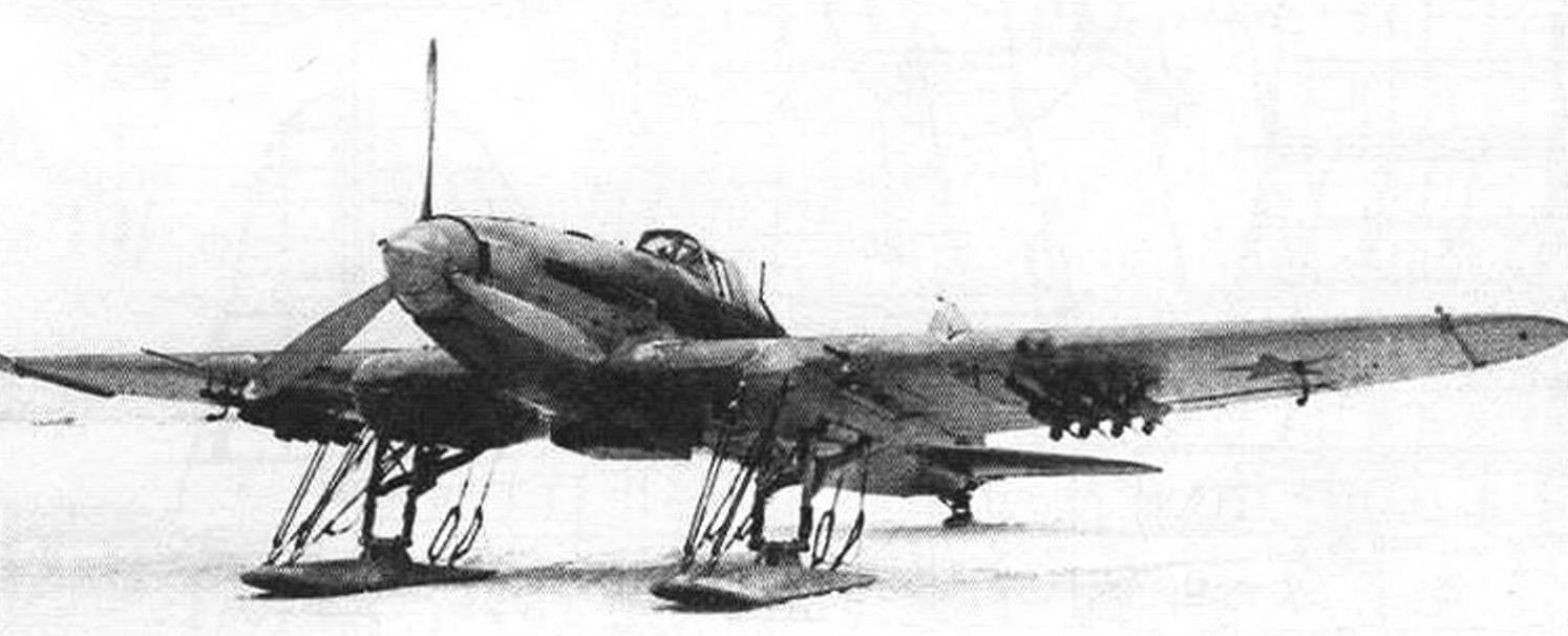 Вариант Ил-2, оснащенный лыжами (зима 1941-1942 года)