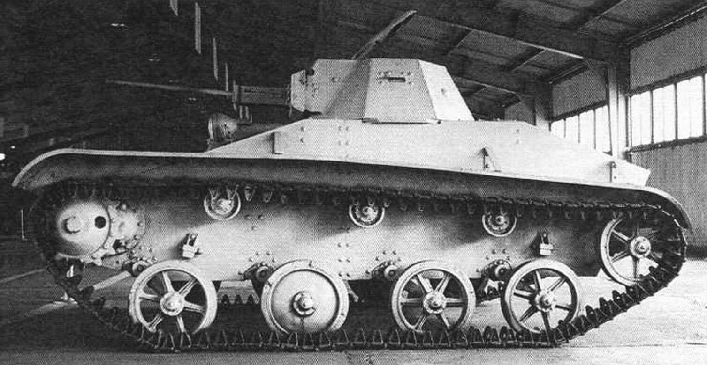 Танк Т-60 из коллекции Центрального военно-исторического музея бронетанкового вооружения и техники (2002 год)