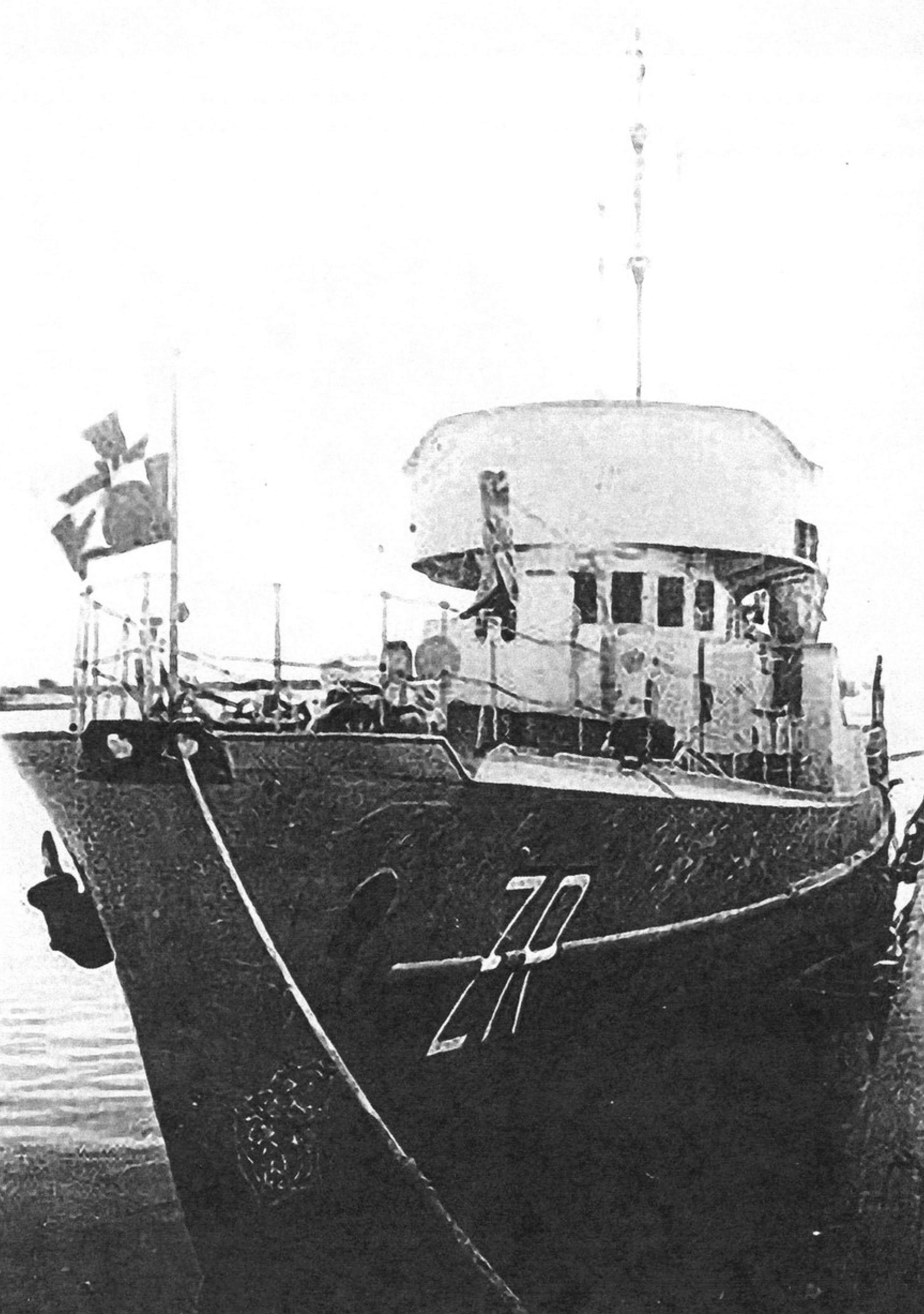 Тральщик «Zuraw» вступил в строй в конце августа 1939 года. Послевоенное фото (ориентировочно 1947-1948 годов), когда он был переформирован в гидрографический корабль и получил бортовое обозначение «ZR»