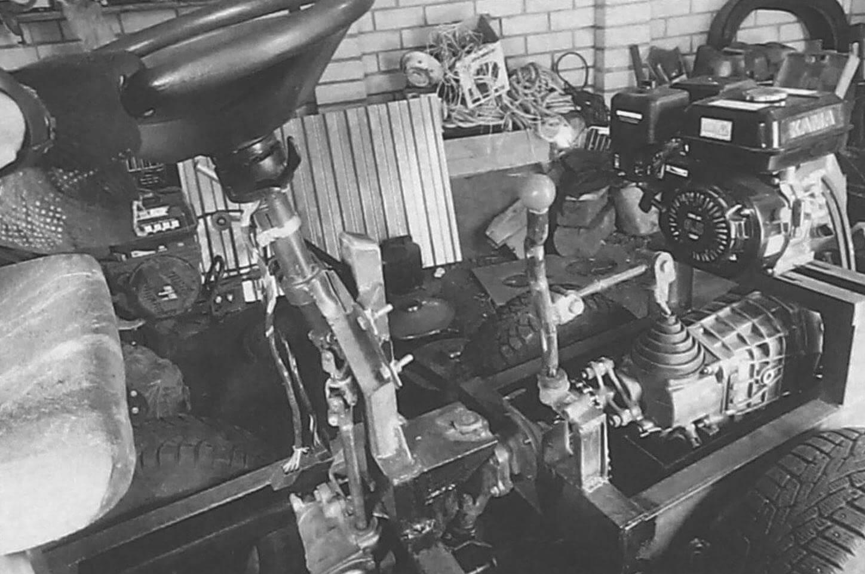 Силовой агрегат в сборе, смонтированный на передней полураме