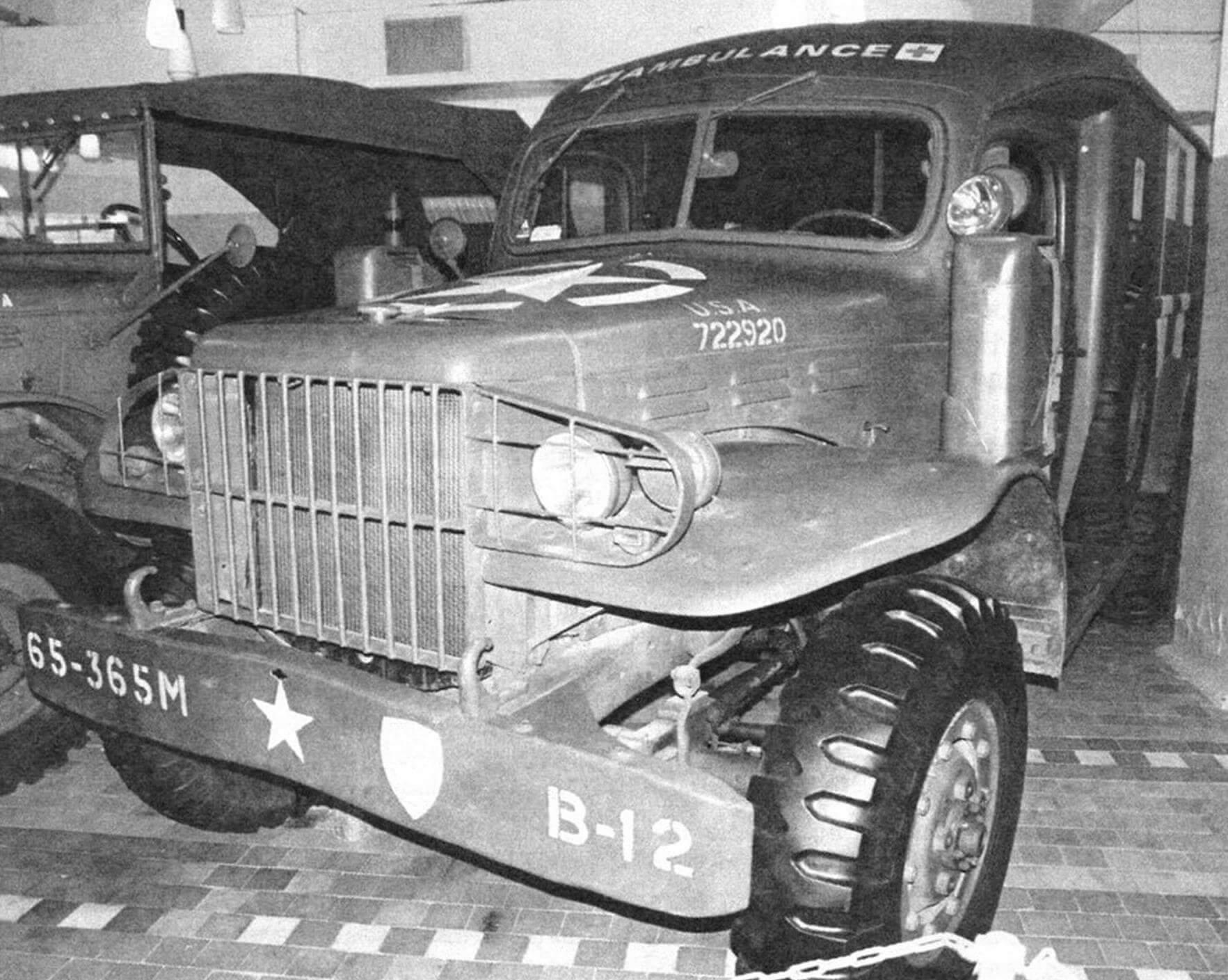 Санитарный Dodge WC54 оснащался оригинальным цельнометаллическим кузовом