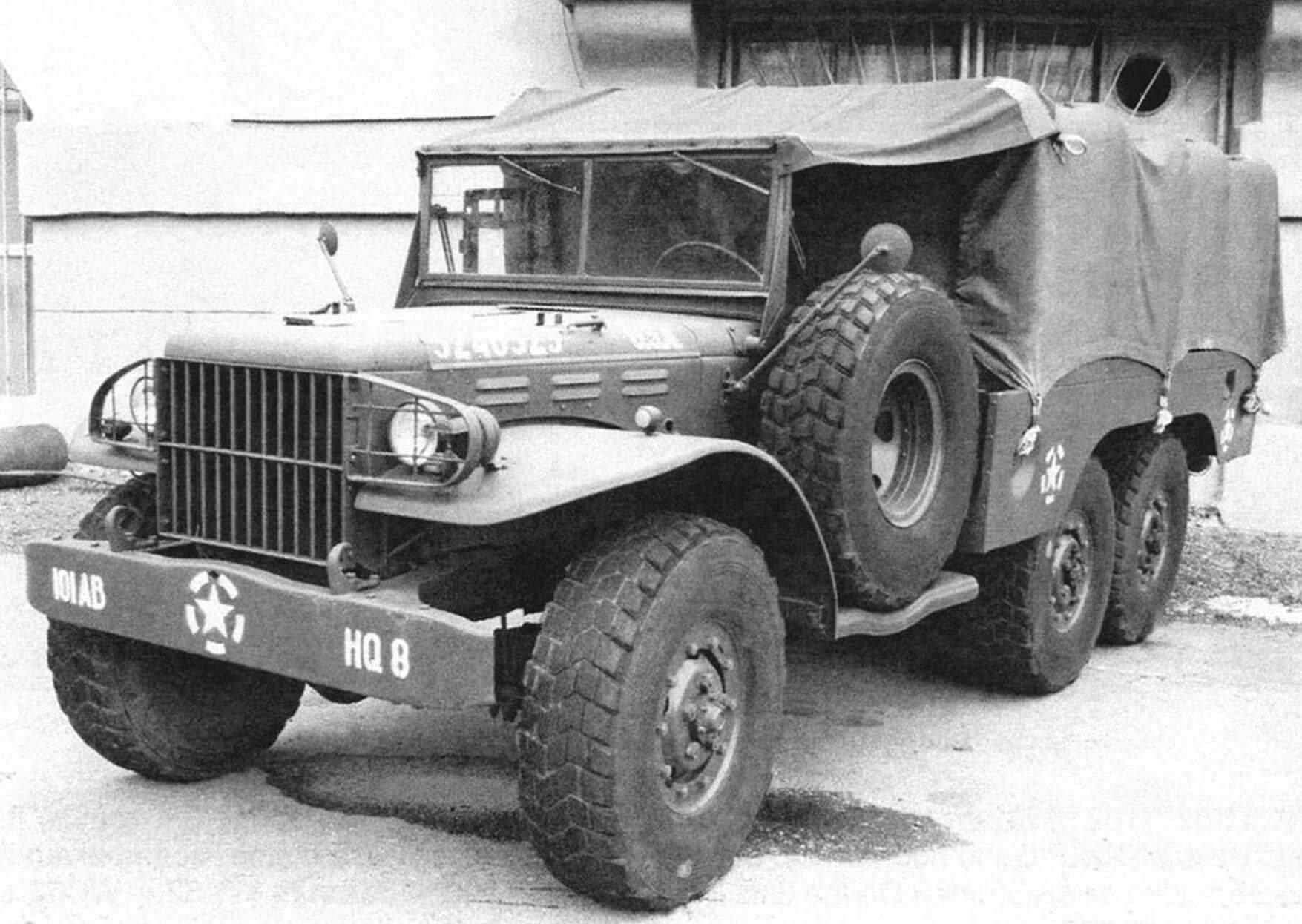 Трехосный Dodge WC62
