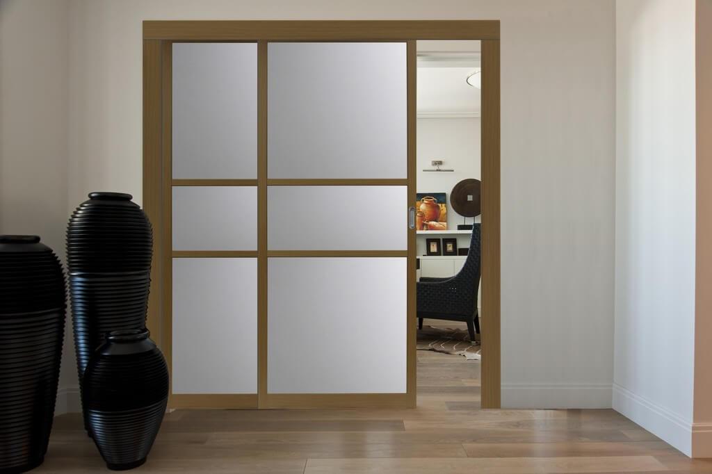 Как сделать из обычной двери раздвижную конструкцию