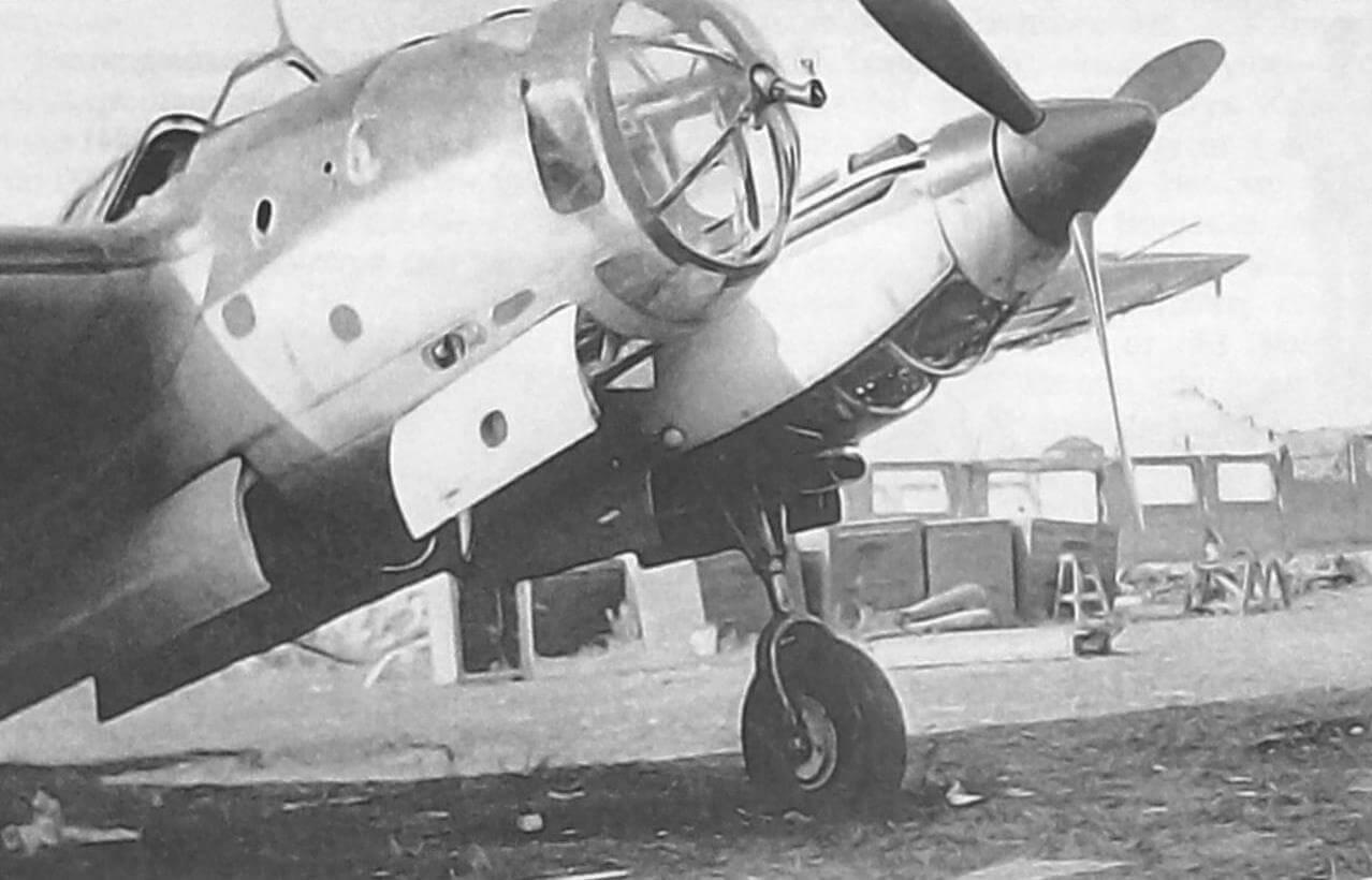 Ар-2, брошенный на аэродроме при отступлении, лето 1941 г.