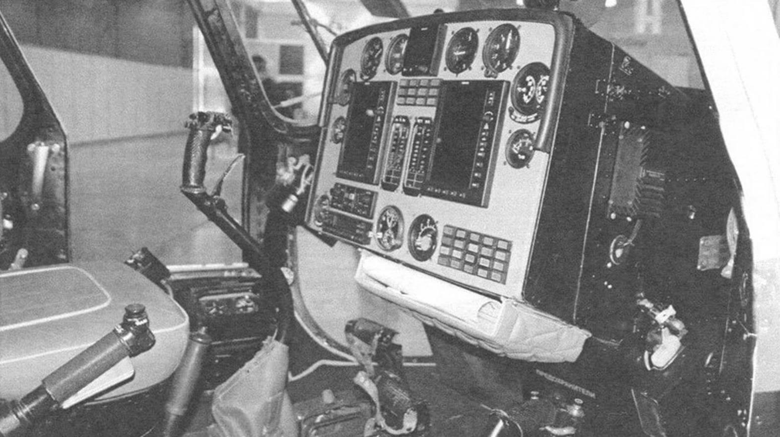 Кабина пилота вертолета «Скаут»