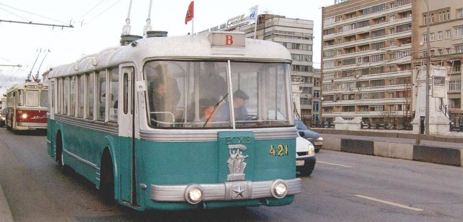 Редкий СВАРЗ-ТБЭС из середины 1950-х годов. Всего было построено 18 таких машин, эксплуатировавшихся только в Москве и Киеве