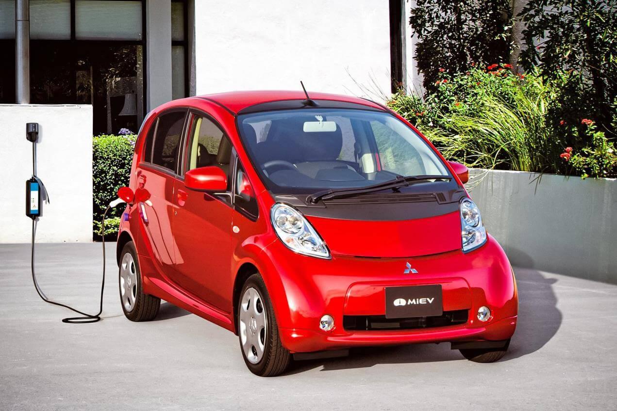 У многих автомобилей-доноров существуют заводские модификации на электротяге, что упрощает процесс регистрации электромобиля, построенного на их базе
