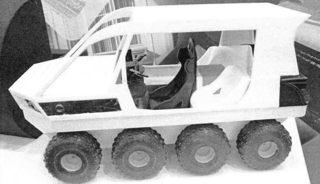 Плавающий мини-вездеход Korsak сможет заменить сразу пять ТС различного назначения