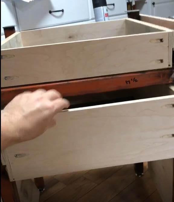 Шаг 4: Деревянные компоненты стола