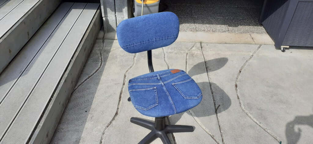 Обивка для стула из джинсов