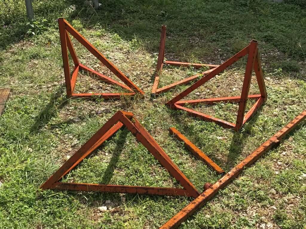 Шаг 2: Конструкция правой ножки стола