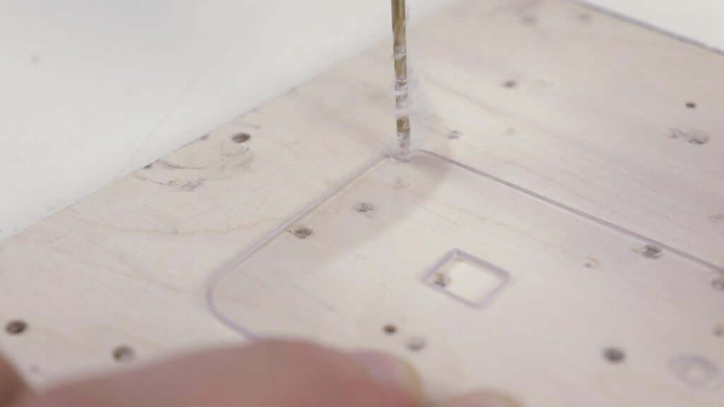 Шаг 11: Изготовление крышки усилителя
