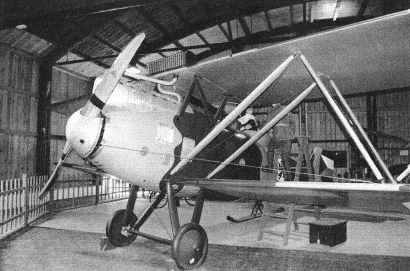Разведчик-бомбардировщик Letov S-2 построен в 1922 году