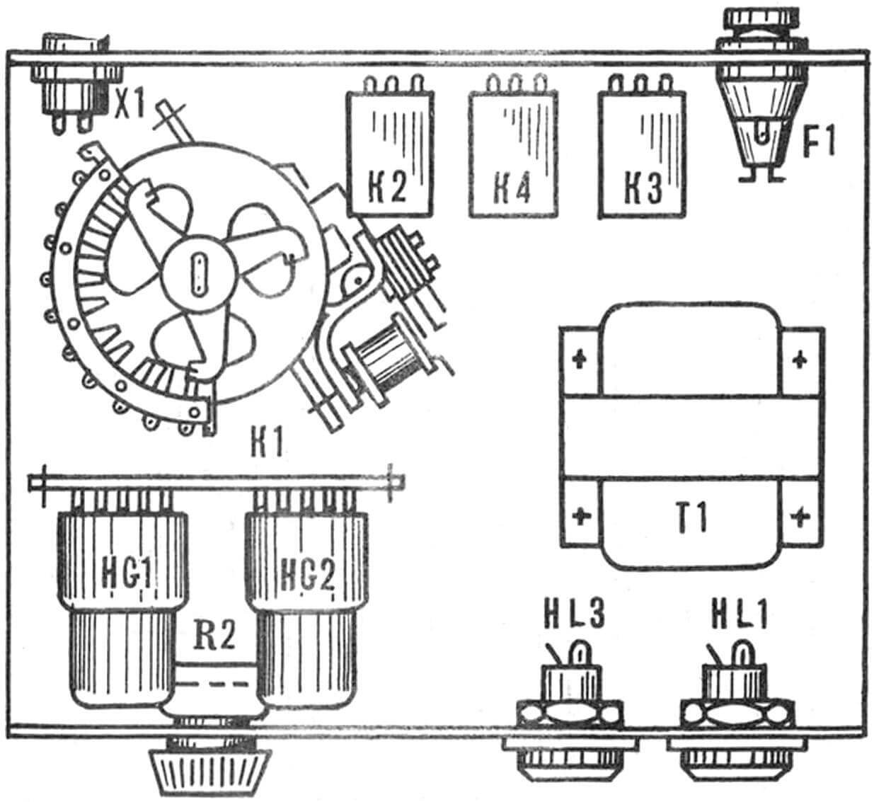 Компоновка прибора в корпусе (SA1, SB1 и HL2 условно не показаны).