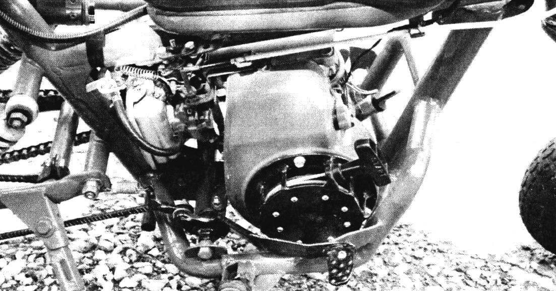 На этом экземпляре установлен двигатель Honda от силовой техники