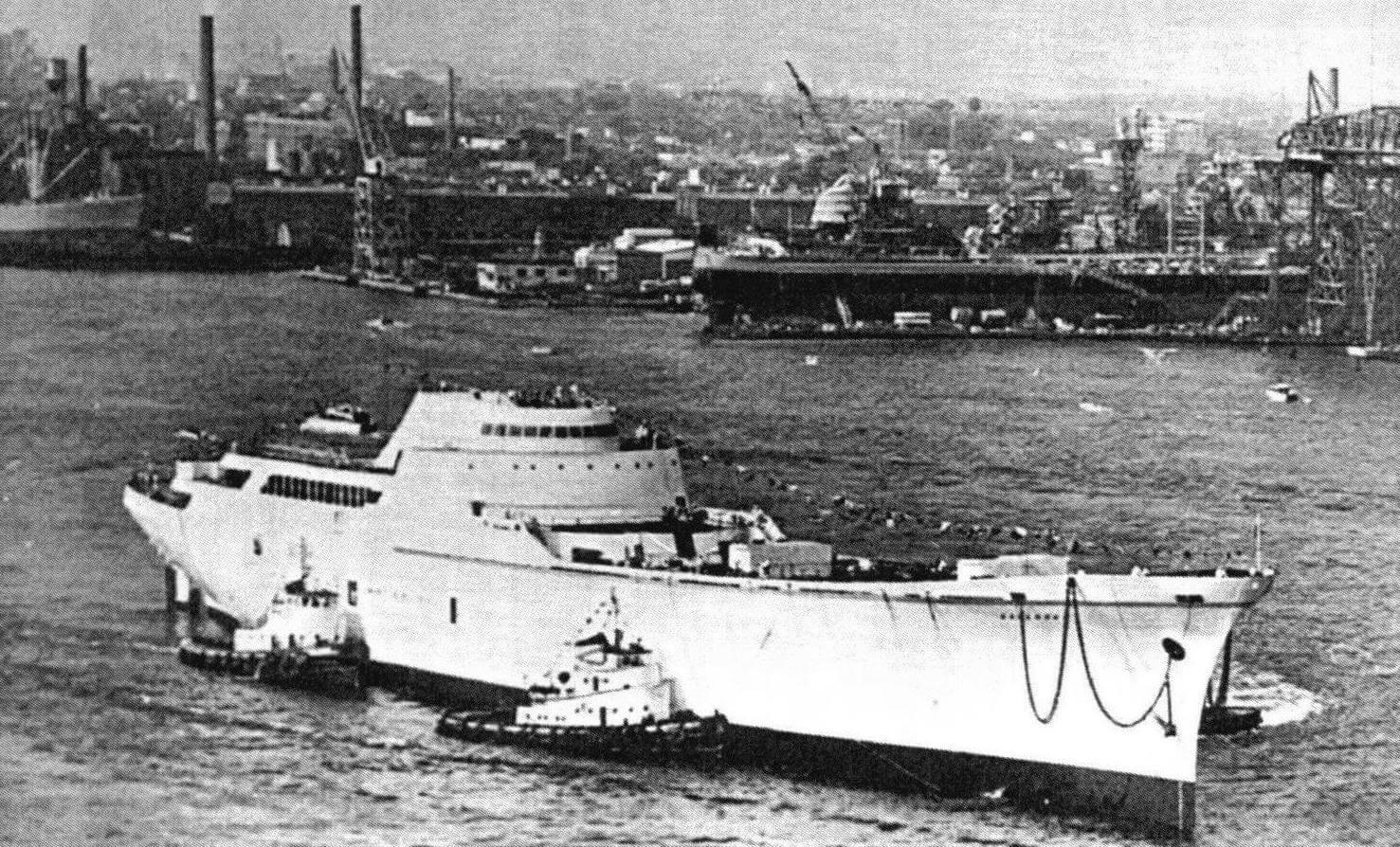 «Саванна» вскоре после спуска на воду, 27 июля 1959 года