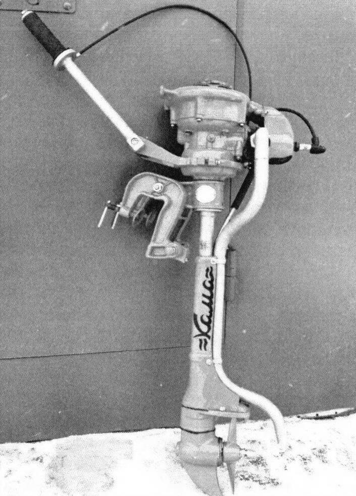 Отреставрированный лодочный мотор «Кама» в наши дни