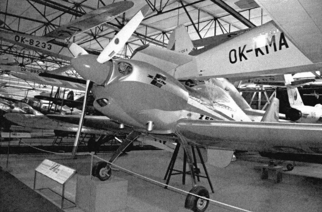 Z-50LS - один из лучших пилотажных самолетов мира